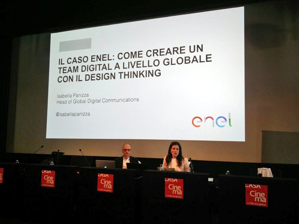 Isabella Panizza and Luigi Centenaro showing the Enel case history during the Social Media Week in Rome