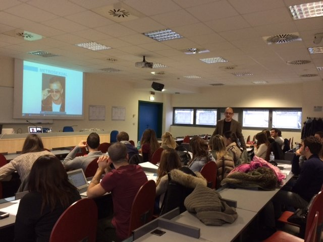 Luigi Centenaro explains Personal Branding Canvas at IULM University